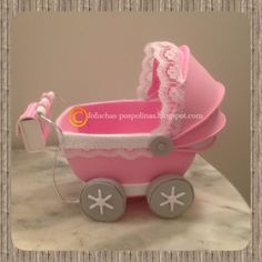 cochecito de bebe en goma eva | facilisimo.com