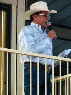 George Strait Quotes, George Strait Family, Country Singers, Country Music, Joyce Taylor, Entertainer Of The Year, Donny Osmond, G Man, King George