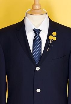 Brides: Wedding Color Scheme: Yellow and Navy :