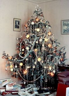 1000 Images About Christmas Trees Vintage Icicles On