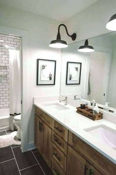 55 Beautiful Urban Farmhouse Master Bathroom Makeover - Page 50 of 59 Tiny House Bathroom, Farmhouse Bathroom Vanity, Modern Bathroom, Diy Bathroom Remodel, Modern Farmhouse Bathroom, Rustic Master Bathroom, Rustic Bathrooms, Bathroom Renovation Diy, Bathroom Design