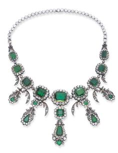 A diamond and emerald tiara. Emerald and Diamond parure belonging to the Danish Monarchy. It is housed in the royal treasur. Emerald Necklace, Emerald Jewelry, Diamond Jewelry, Turquoise Necklace, Victorian Jewelry, Antique Jewelry, Vintage Jewelry, Royal Jewelry, Fine Jewelry