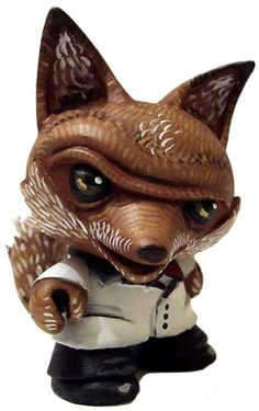"""'Secret Agent Fox' by Gomi. Crazy sculpting on a 3"""" #dunny."""