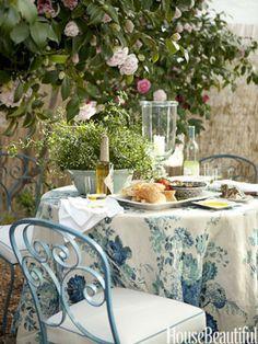 A Modern, Romantic California Cottage--Garden Dining