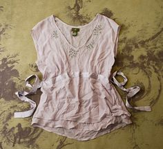 ANTHROPOLOGIE fei MAUVE SILK SHEER BEADED SPARKLE TIE BLOUSE SHIRT TOP 6 S SMALL #Anthropologie #Blouse #EveningOccasion