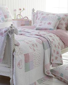 Sweetheart - Girls patchwork quilt