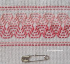 Use this Swedish Weave pattern for blanket I need to finish!