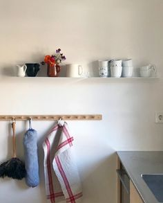 The Teebooks shelves are easy to look after, they can be cleaned with a simple damp cloth and warm soapy water Kitchen Wall Shelves, Corner Shelves, Kitchen Storage, Narrow Shelves, Floating Shelves, Wine Wall, Cleaning Walls, Kitchen Corner, Cuisines Design