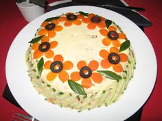 Aperitiv Salata boeuf Amazing Food Decoration, Vegetable Decoration, Food Sculpture, Romanian Food, Food Garnishes, Party Snacks, Creative Food, Food Design, Food Art