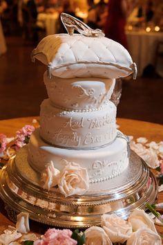 Cinderella-inspired wedding cake topper