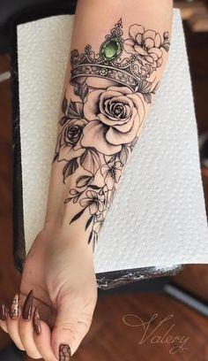 75 Pictures of Female Tattoos on Arm - Pictures and Tattoos - Inspiration - Tattoos - Tatuagens Ideias Form Tattoo, Model Tattoo, Shape Tattoo, Sexy Tattoos, Body Art Tattoos, Cool Tattoos, Female Tattoos, Awesome Tattoos, Tatoos