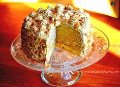gâteau de crêpes entamé
