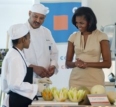 Michelle Obama - Creme color fitted dress