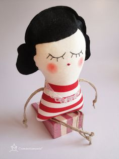 Old fashioned Lady doorstop  Handmade in Italy  by Cromanticamente