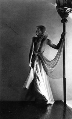 Horst P. Horst: Ginger Rogers, 1936