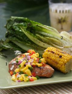 Grilled Tuna Steak with Mango Salsa Grilling Recipes, Seafood Recipes, Dinner Recipes, Cooking Recipes, Healthy Cooking, Healthy Eating, Healthy Recipes, Yummy Recipes, Grilled Tuna Steaks