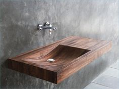 Anders denken- 29 Badezimmer Ideen mit Holzwaschbecken But what if you had the strange idea that you want a wooden sink in your bathroom? As natural and relative . Lavabo Design, Sink Design, Wood Design, Washbasin Design, Design Art, Design Ideas, Wooden Furniture, Bathroom Furniture, Bathroom Interior