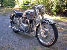 My first tumble, at was off my dad& BSA Golden . British Motorcycles, Cool Motorcycles, Vintage Motorcycles, Triumph Thunderbird, Scooters, Bsa Motorcycle, Motorcycle Garage, Bicycle Bell, Cycling Backpack