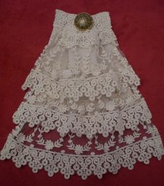 Ivory Victorian Lace Jabot.