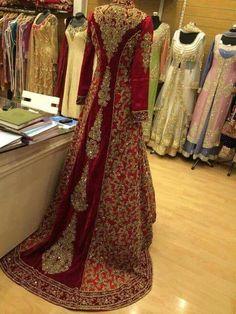 Red bridal dress Pakistani back