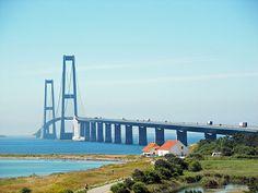 Datei: Storebæltsbroen von Sjælland.jpg