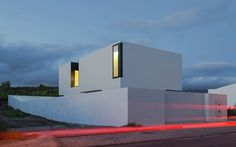 Completed in 2015 in Ponta Delgada, PortugalLocated along a busy road and on a second row of buildings aligned on the seafront of the town of Lagoa, in Sao Miguel, Azores, the 2M house is a...