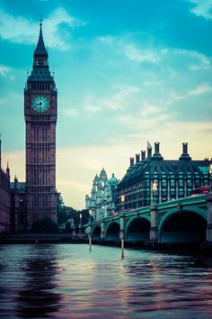 30 famous places that you MUST see. London