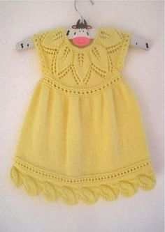 Ravelry: Mia Dress pattern by Suzie Sparkles Knitting For Kids, Baby Knitting Patterns, Free Knitting, Knitting Projects, Crochet Projects, Knit Baby Dress, Knitted Baby Clothes, Little Dresses, Girls Dresses