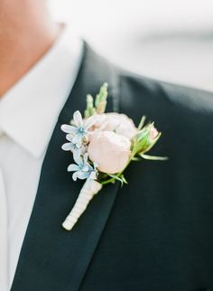 Light pink + blue boutonniere from pepperberrys.com   Read More: http://www.stylemepretty.com/2014/07/09/classic-new-england-wedding-at-tupper-manor/   Photography: Arielle Doneson Photography - www.AriellePhoto.com