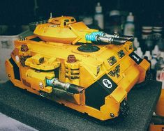 The iconic Imperial Fist Predator tank - 🎲 lascannons on wheels (tracks) - should you run more than one? Imperial Fist, Space Marine, Warhammer 40k, Predator, Marines, Wheels, Miniatures, Geek, Artwork