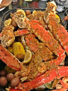 My cajun/lemon garlic crab boil🦀🍤🍋 - crab recipes Seafood Boil Party, Seafood Boil Recipes, Crab Recipes, Seafood Dinner, Cajun Seafood Boil, Food Porn, Boiled Food, Food Goals, Food Obsession