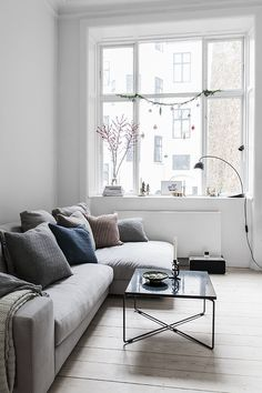 Home Interior Living Room Interior Living Room Living Room Scandinavian, Living Room Interior, Home And Living, Home Living Room, Home Remodeling, Interior, Living Decor, House Interior, Room Decor