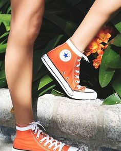 Charlie Hi Top Converse Classic canvas high top Chuck Taylors. *By Converse