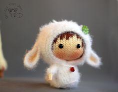 Ravelry: White Sheep Doll. Tanoshi series toy. pattern by Tatyana Korobkova