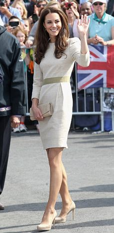 July 5, 2011    She wore a cream linen three-quarter dress by Malene Birger visiting the Somba K'e Civic Plaza in Yellowknife.    Read more: http://www.usmagazine.com/celebrity-style/pictures/duchess-kates-chic-canadian-style-201117/15903#ixzz1lkHnZR5i