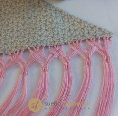Crochet Scarves, Crochet Hats, Bordado Popular, Macrame Knots, Fringes, Color Inspiration, Crochet Top, Tassels, Diy Crafts