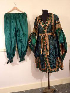 medieval fantasy costume