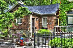 Home on Duke Street in Hamilton, Ontario. Build circa 1894.