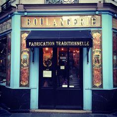 DU PAIN ET DES IDEES - 34 Rue Yves Toudic, Paris 75010 - M° Jacques Bonsergent