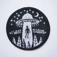 1Pc-Embroidery-Flying-Saucer-UFO-Sew-Iron-On-Patch-Badge-Bag-Jeans-Applique-DIY