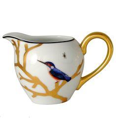 Creamer Boule Bernardaud  Model : Creamer Boule  Collection : Aux Oiseaux  Capacity : 30 cl  or  10 oz  Material : Limoges porcelain  Color : see photo  Use : do not put in microwave  Maintenance : warranty dishwasher   http://trend-on-line.com/brand/bernardaud/aux-oiseaux/cremier-boule
