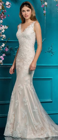Modest Tulle V-neck Neckline Natural Waistline Mermaid Wedding Dress With Lace Appliques