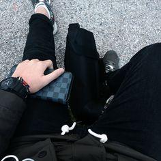 Simple black 🖤