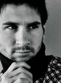 Leo Messi in a snood giving the sultry-eye look. Can't... not... repin.