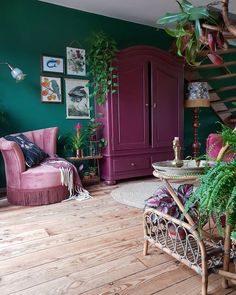 Bedroom Green, Bedroom Decor, Home Living Room, Living Spaces, Bohemian Room, Retro Home, Dream Rooms, New Room, House Colors