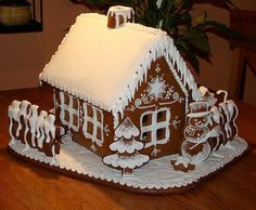 Sweet Christmas Inspiration Served by 50 Jaw Dropping DIY Gingerbread Houses Cool Gingerbread Houses, Gingerbread House Designs, Gingerbread Village, Christmas Gingerbread House, Gingerbread Cake, Christmas Sweets, Christmas Goodies, Christmas Baking, Xmas