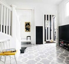 10 ideas of black and white hallways and entries as a good examples of traditionality