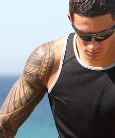 Sonny Bill: suddenly one of the most vilified men in Australasian . Rugby League, Rugby Players, Sonny Bill Williams Tattoo, Rugby Union Teams, Nz All Blacks, God Of Football, Polynesian Men, New Zealand Tattoo, Rugby Club