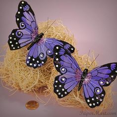 Purple Crafts Butterfly decorations - awesome for purple wedding decorations.  See more purple wedding inspiration: http://www.squidoo.com/purple-themed-wedding