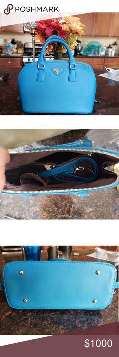 73cc390aee88 Beautiful prada blue purse Blue leather Prada purse (small tote style) Prada  Bags Totes